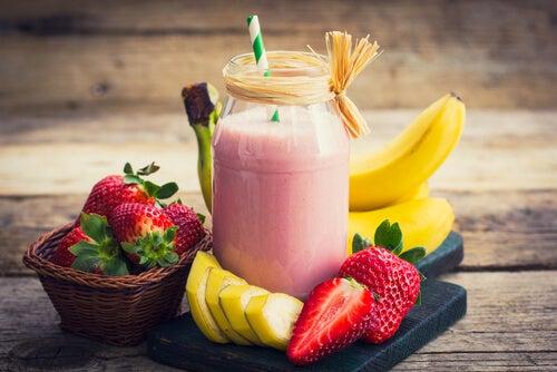 Vitamina de banana e morango