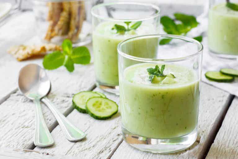 Benefícios do suco de pepino