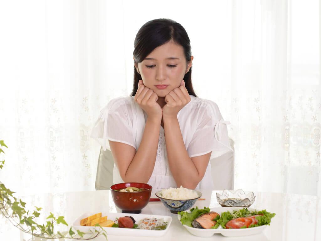 Proteínas e minerais devem estar nas refeições diárias para perder peso