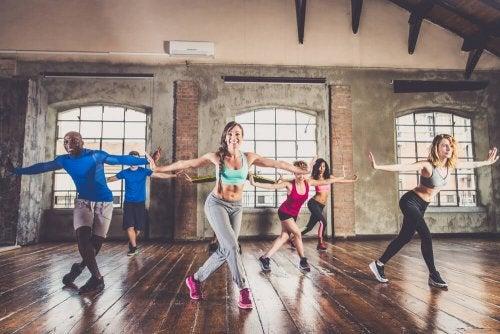 Dança Cardio para melhorar a condição física