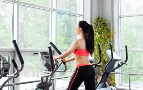 Fazer exercícios traz energia