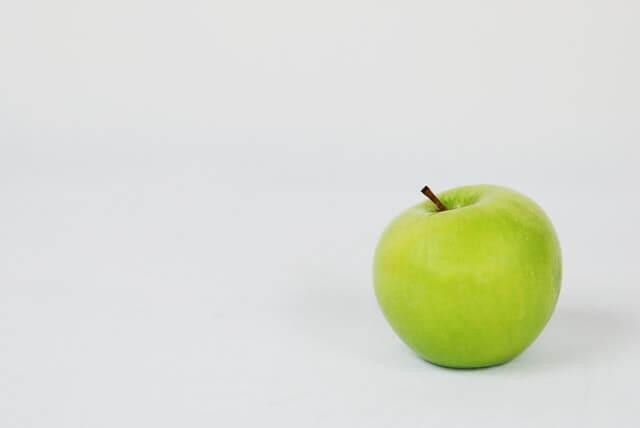 Maçã verde em jejum