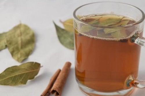 Chá com canela para reduzir centímetros da cintura
