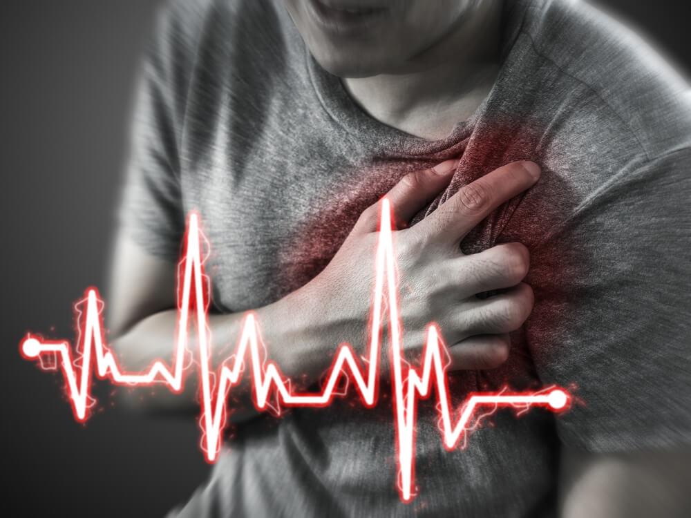 Homem tendo infarto