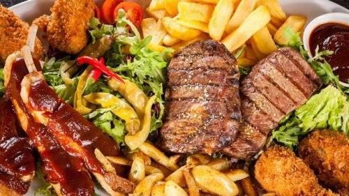 Alimentação rica em gorduras saturadas