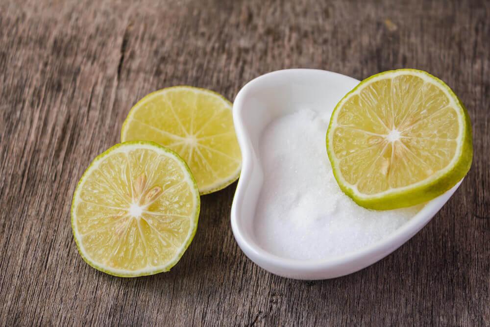 Sal e limão para a gengivite