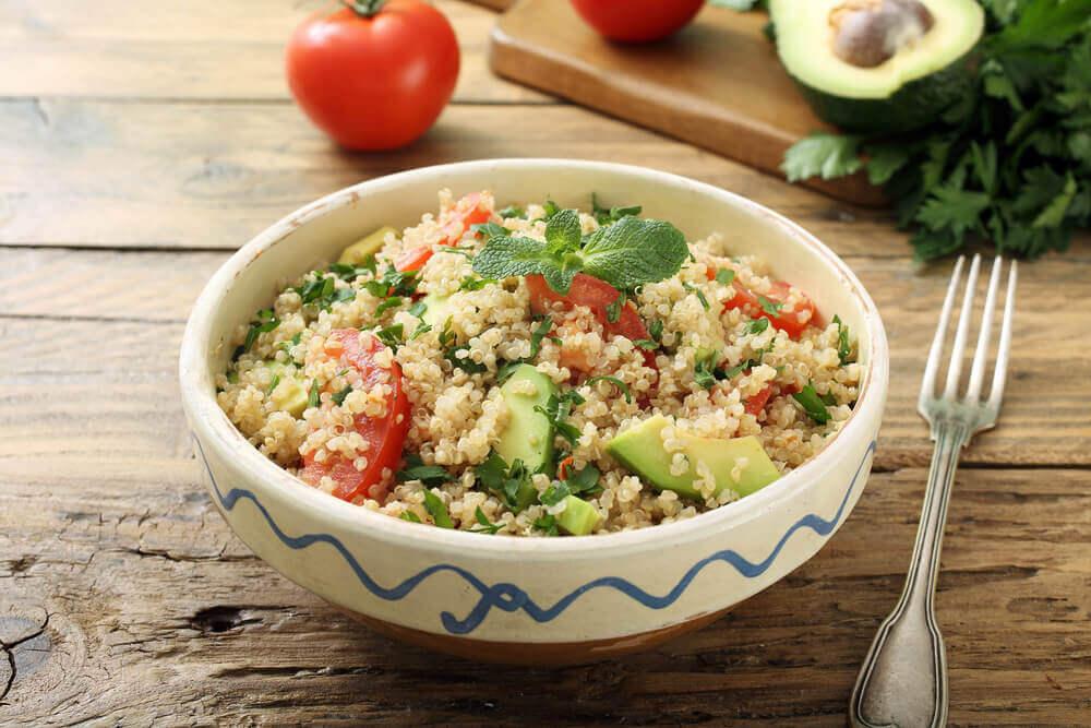 Quinoa e guacamole