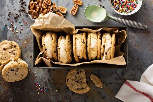 Biscoitos com creme de nozes