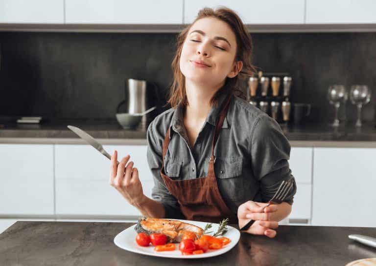 10 causas para uma sensação de fome constante