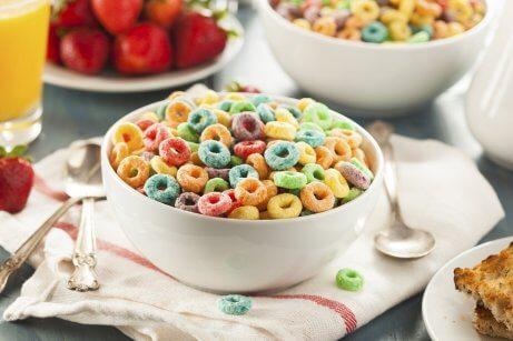 Deve evitar no café da manhã incluir cereais com açúcar