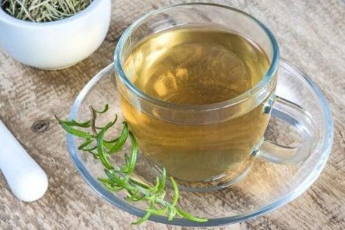 Chá de alecrim para limpar as artérias