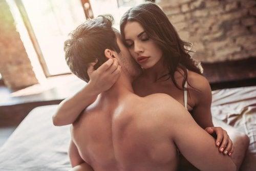 Como praticar o rimming ou beijo grego?