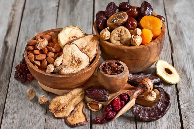 Descubra as propriedades destes 10 frutos secos