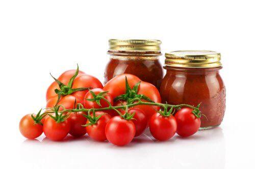 Como enlatar tomate?