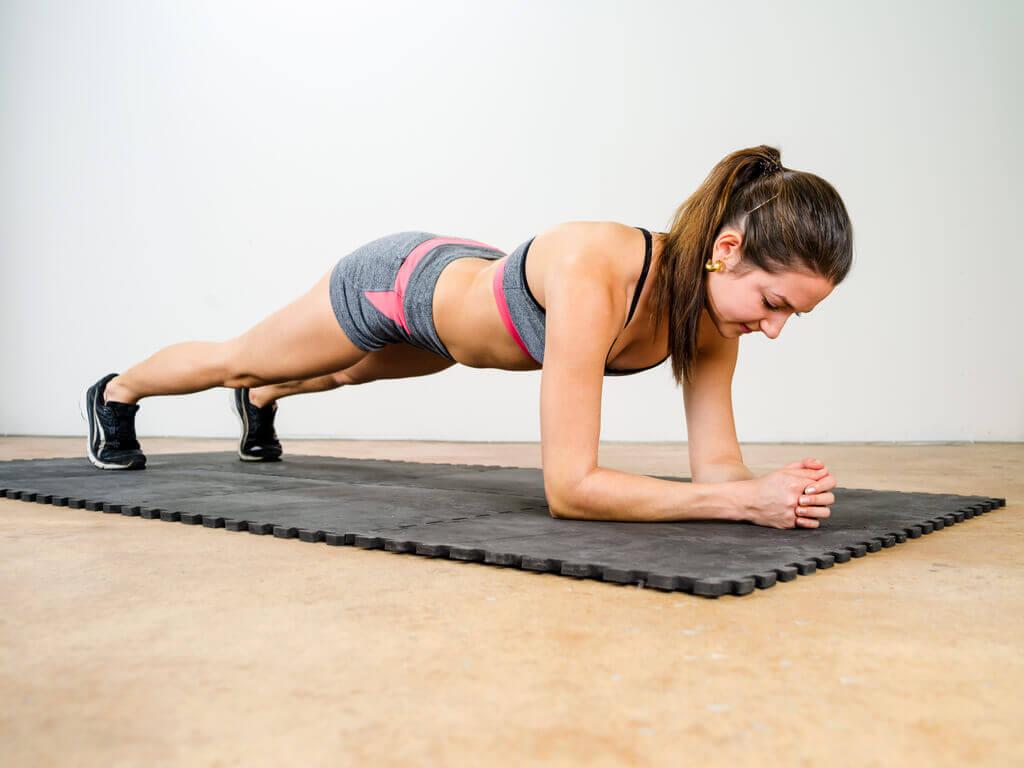 Praticar atividade fisica ajuda a dormir o suficiente