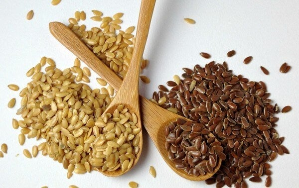 Como eliminar parasitas do seu corpo com cravos secos e sementes de linhaça