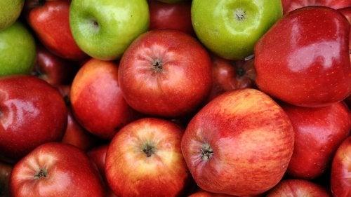 Consumir maçã ajuda a tratar a hipertenção