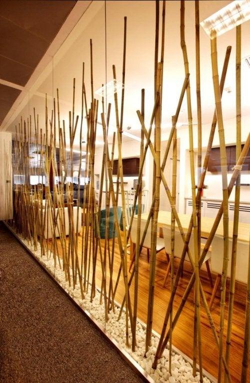 Separadores com bambu
