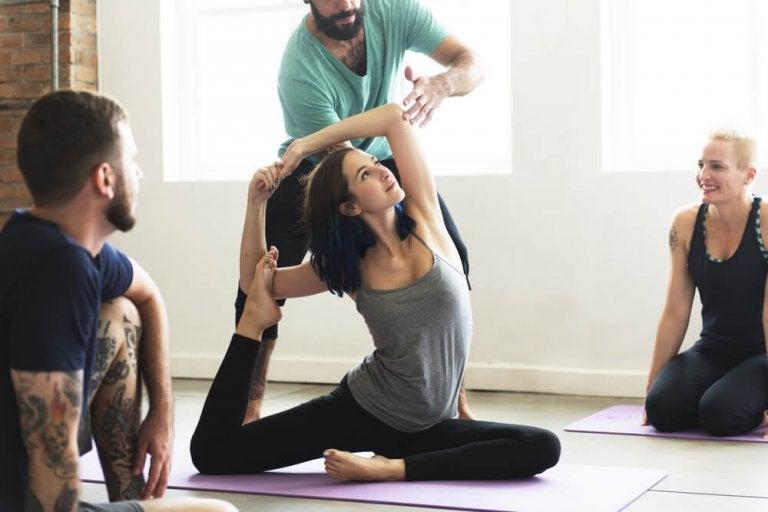 Posturas da ioga para emagrecer
