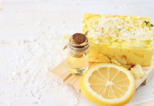 Óleo essencial de limão