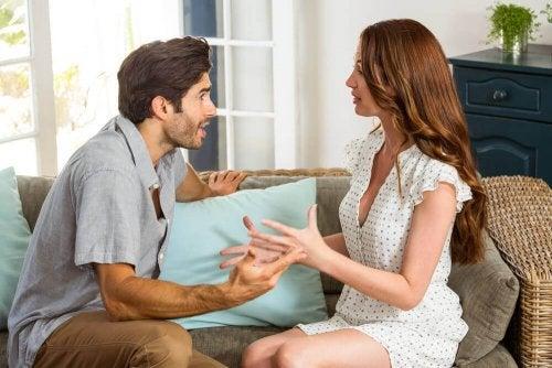 Seu parceiro é controlador? Descubra os sinais