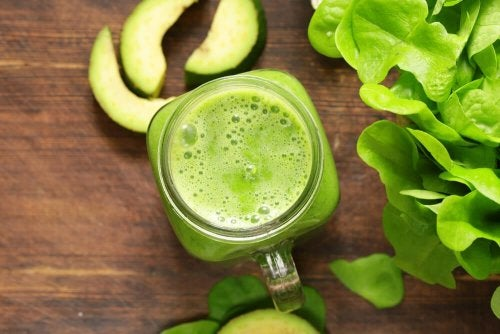Batida verde para queimar gordura