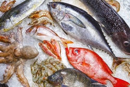 Grau de umidade dos peixes no supermercado