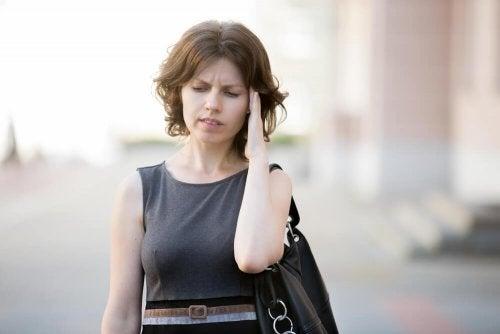 A hipotensão pode provocar dor de cabeça
