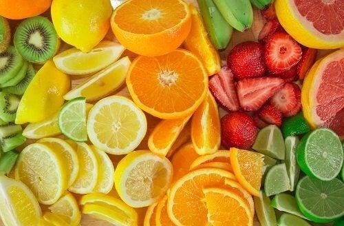 Frutas cítricas ajudam a combater as pedras biliares
