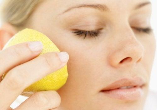 Benefícios do limão para a pele