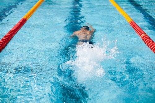 Saber nadar evita afogamentos