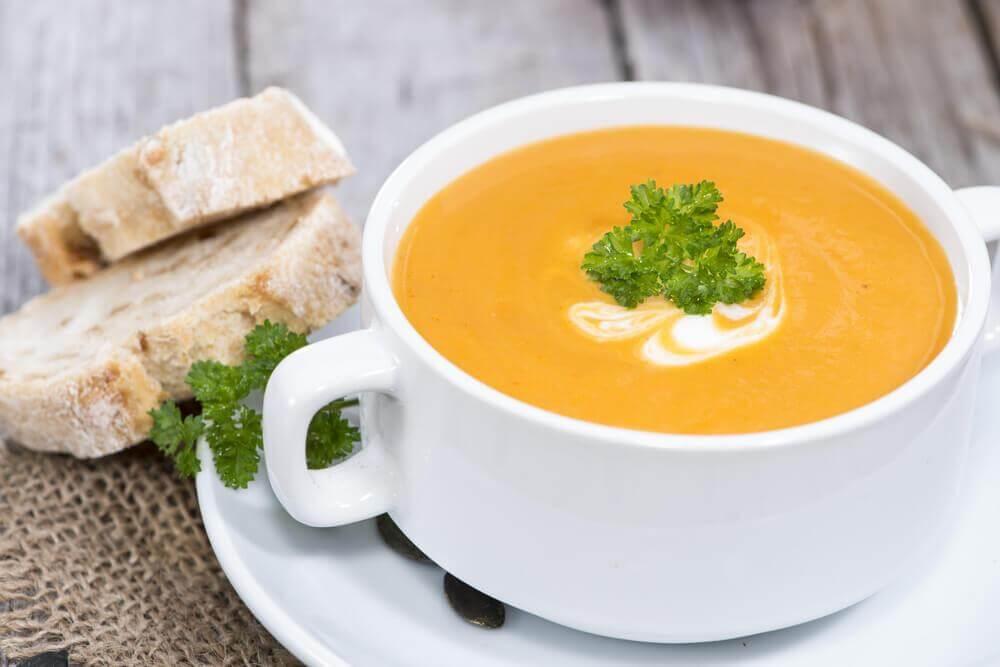 Qual é o creme de legumes mais saudável?