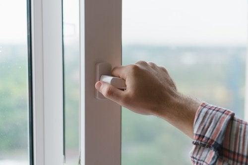 Ventilar a casa com frequência