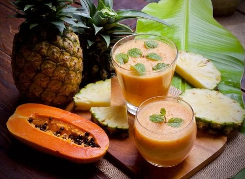 Vitaminas de frutas são uma boa opção para um café da manhã saudável