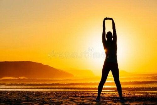 4 exercícios de alongamento corretos