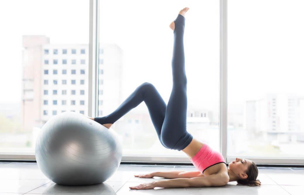 6 grandes benefícios de fazer pilates toda semana
