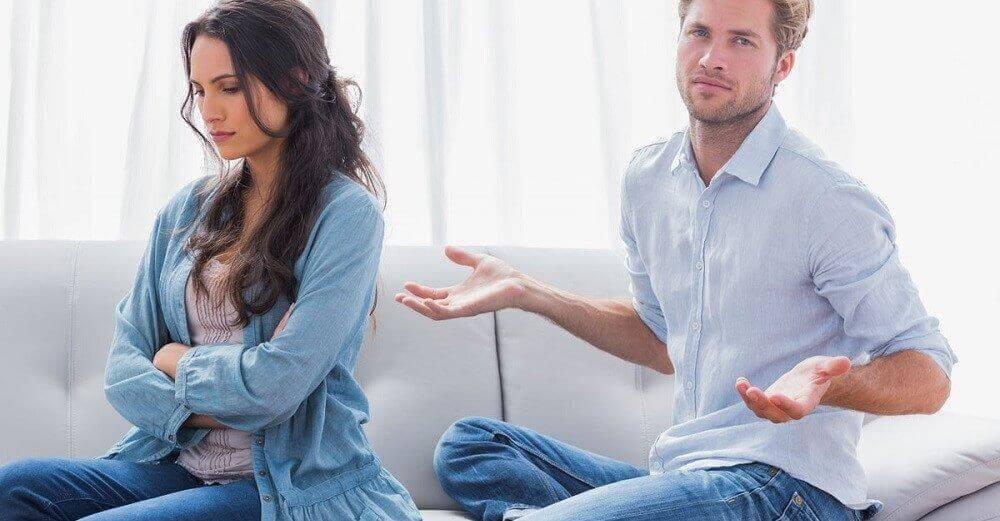 Por que meu ex me trata com desprezo