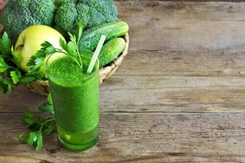 Suco verde para perder peso: é útil?