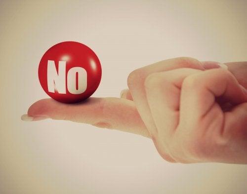 Bola que diz Não