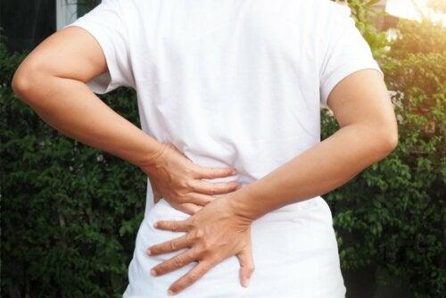 O que você deve saber sobre a dor nas costas?
