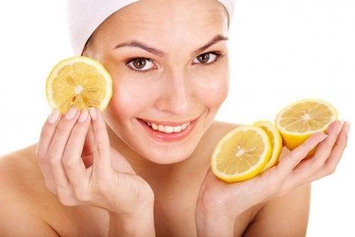 Limão contra a acne