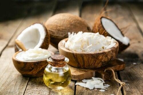 Tratamentos com óleo de coco: óleo de coco