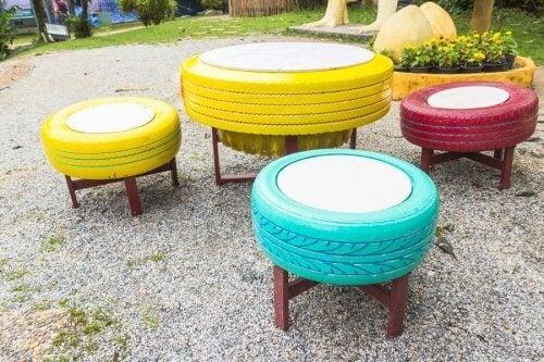 Puff com pneus para o jardim