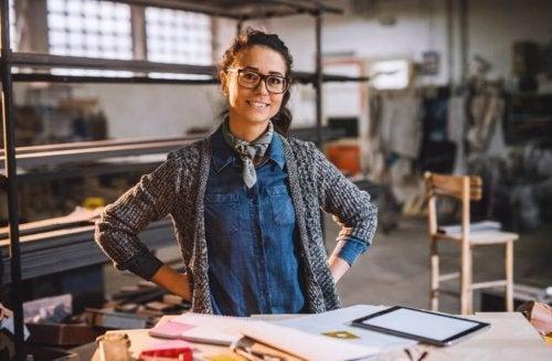 10 artesanatos para manter seu escritório em ordem