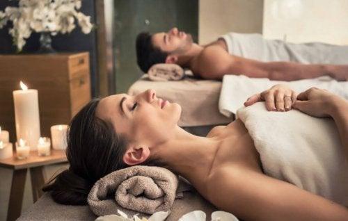 6 benefícios de passar um dia no spa
