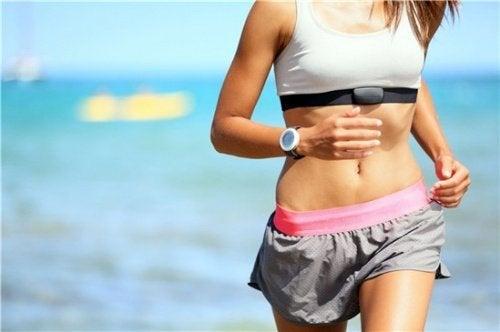 Fazer exercício ajuda a controlar o colesterol ruim
