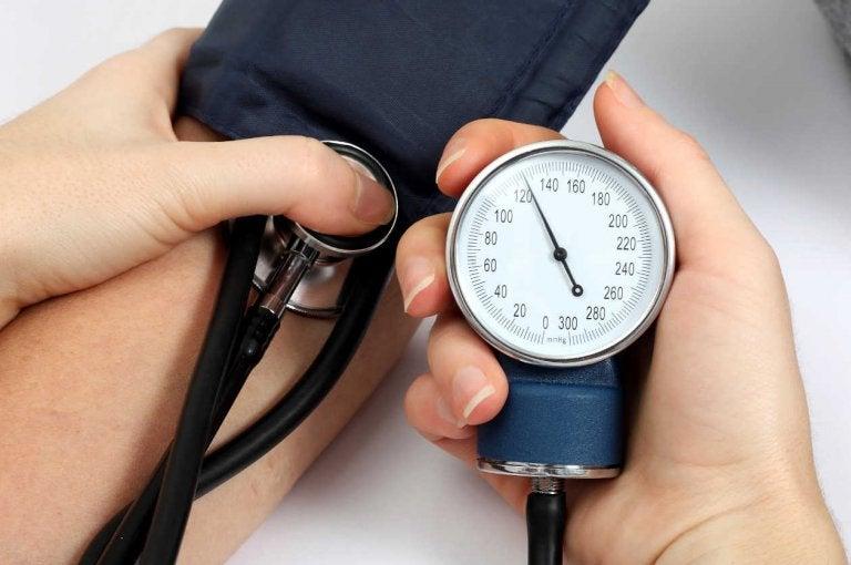 5 remédios naturais para a pressão alta