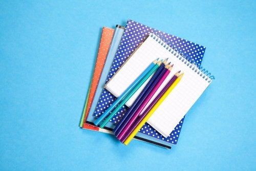 Faça blocos de notas com pos cadernos velhos