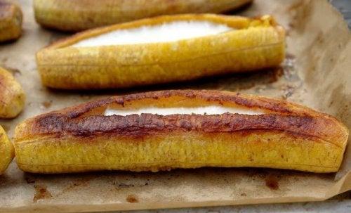 Banana da terra recheada