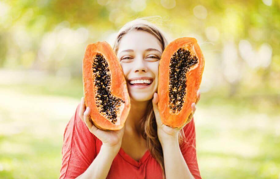 7 benefícios do consumo de sementes do mamão